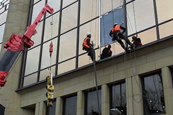 Evander Commercial Glazier